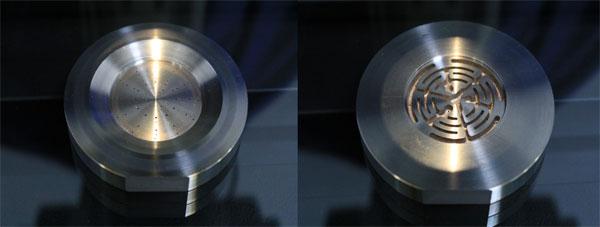 Rocket hydrogen-oxygen engine fuel injection collision hole
